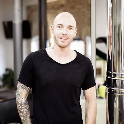 Styling Lounge – Friseur & Make-Up Artist – Mario
